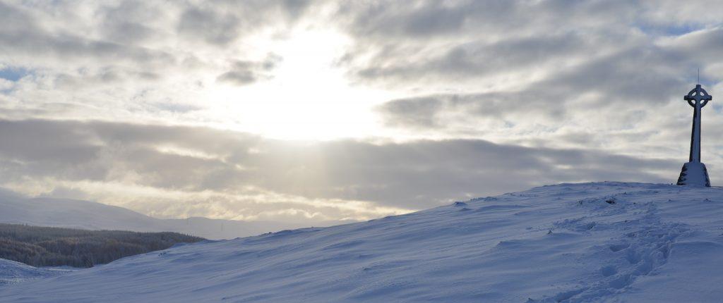 Tweedmount Monument in the snow